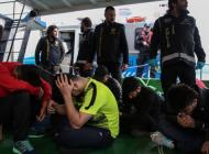 İstanbul'da tekneye kaçak sigara baskını