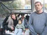 Kirayı ödeyemeyen damadını, kızını ve 3 torununu evden attı