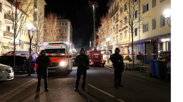 Almanya'da silahlı saldırı!