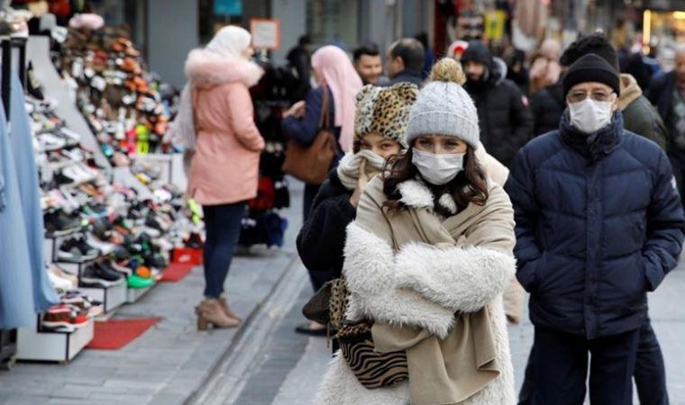 Koronavirüs elbise ve yiyeceklerle eve taşınır mı?