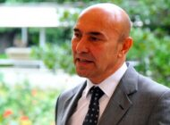 Tunç Soyer'in sosyal medya görevlisi istifa etti
